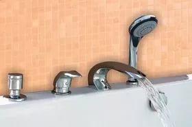 смеситель на ванну врезной