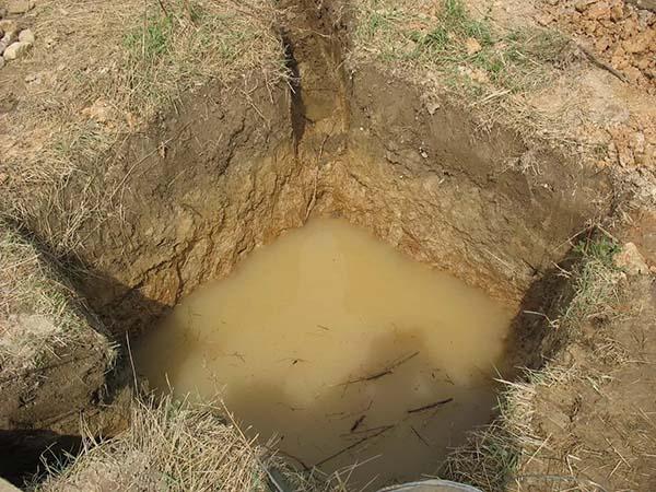 яма под воду