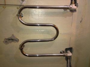 Пошаговое руководство по установке водяного полотенцесушителя