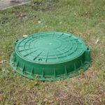 Пластиковая крышка канализационного люка