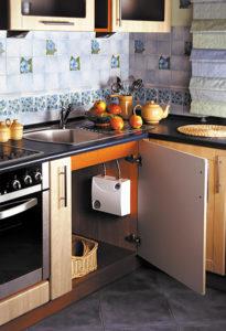 Установка водонагревателя на кухню: этапы процесса