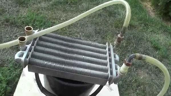 Как правильно сделать промывку теплообменников газового котла, чем промывать